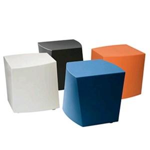 TABOURET/POUF FAIBLE BOOM-MOD. 0008-structure et assise en polyéthylène-pour usage intérieur/extérieur-Pack # 2-DIM. Cm 42 x 41 x 45 H L P-CE