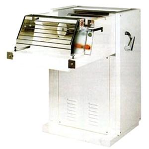 Mod MACHINE roulant automatique. Duralumin et acier Structure-cr500-rouleau longueur 52 cm - 50/60 Hz trois-PHASE alimentation 400V puissance Kw 2.2-dimensions cm L x P x H-80 113 111 CE