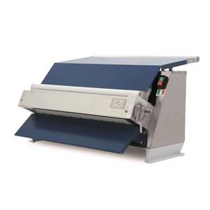 MACHINE pour pâte à sucre, pâte d'amande, chocolat plastique - MOD. 2300/SP600 - 1 PAIRE DES ROULEAUX  - ALIMENTATION V 230/50Hz Monophasé   - PUISSANCE Kw 0,37 - ROULEAUX cm 60 - NORME CE